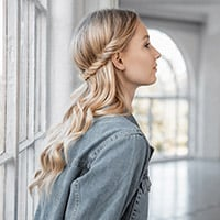 Hair up twist how-to guide