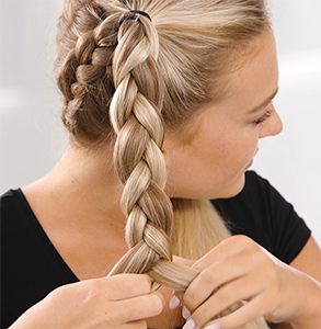 step fourteen: Braid high ponys with a three strand braid and secure