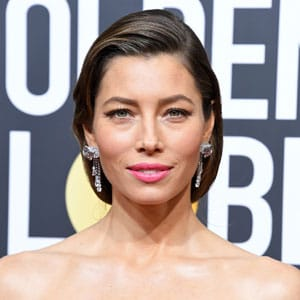 Link to Jessica Biel how-to hair